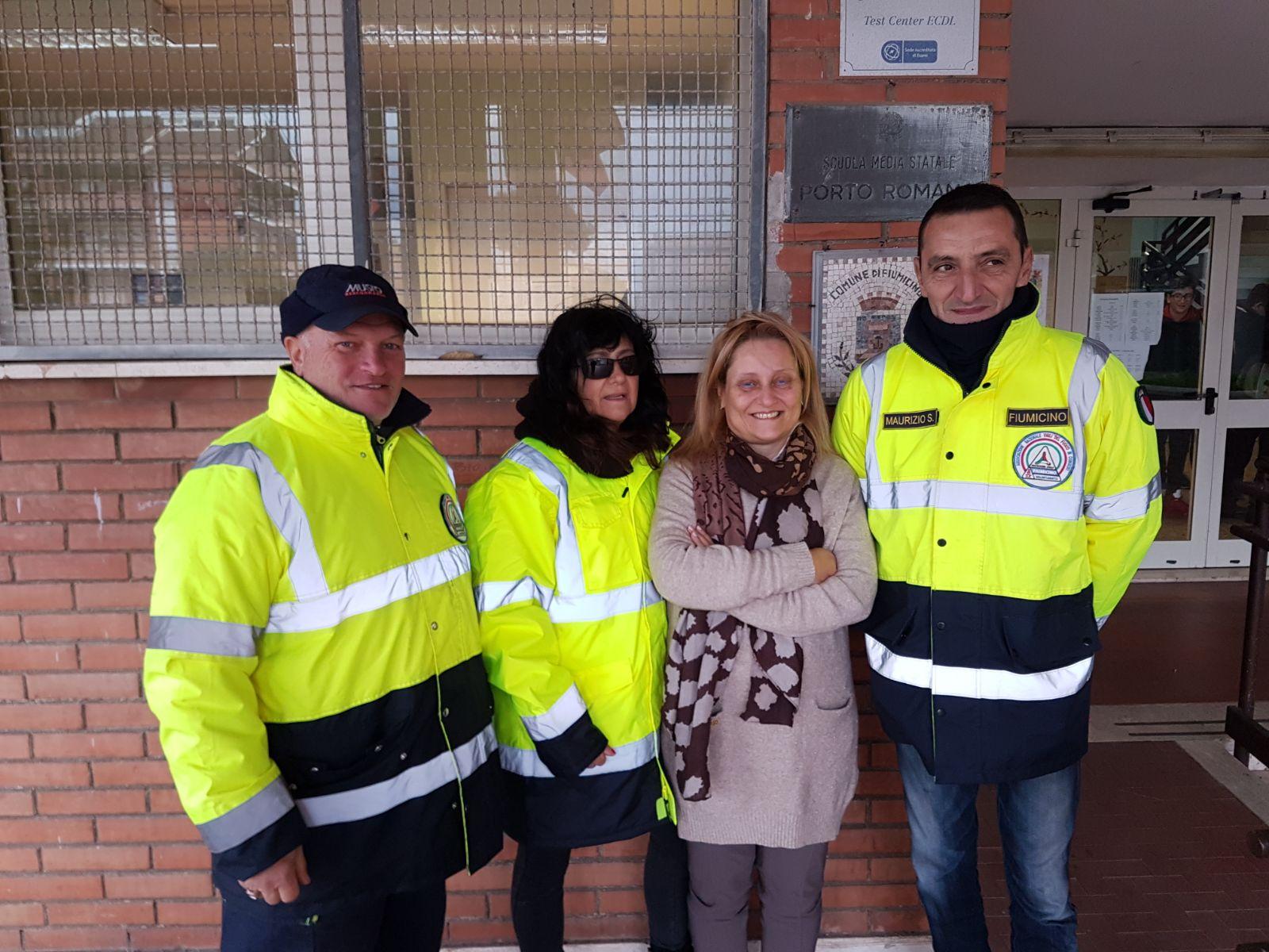 Volontari associazione vigili fuoco