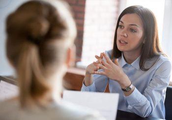 Come si svolge un colloquio di lavoro? Le domande più comuni