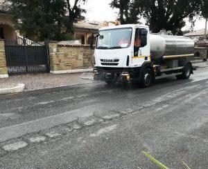 Sanificazione strade, ieri anche Focene, oggi Fregene e Parco Leonardo