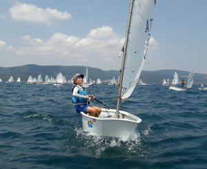 La regata optimist a Bracciano del circolo Planet Sail