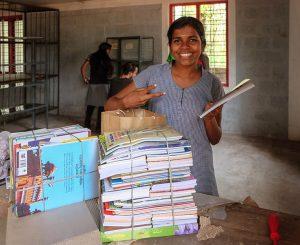 Farmacisti in aiuto, una biblioteca per la casa famiglia