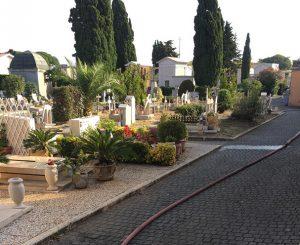 Cimitero di Palidoro, la Protezione Civile di Castel di Guido rifornisce l'acqua