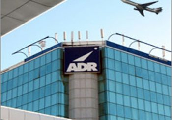 """Canapini plaude """"Adr welcome!"""""""