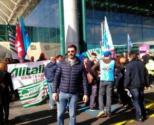 De Vecchis: Alitalia in attivo con piani industriali