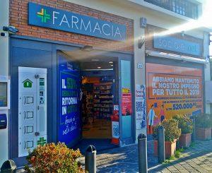Farmacie sociali, l'innovativo servizio per evitare la fila
