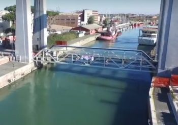 Sorvolando i lavori del Ponte Due Giugno