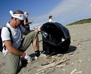 26 febbraio, Giornata pulizia spiagge a Fiumicino