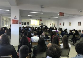 Scuola, aperto bando regionale per borse di studio