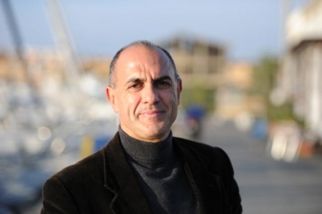 Mafia. A fuoco teatro di Ostia: era in programma evento su legalità