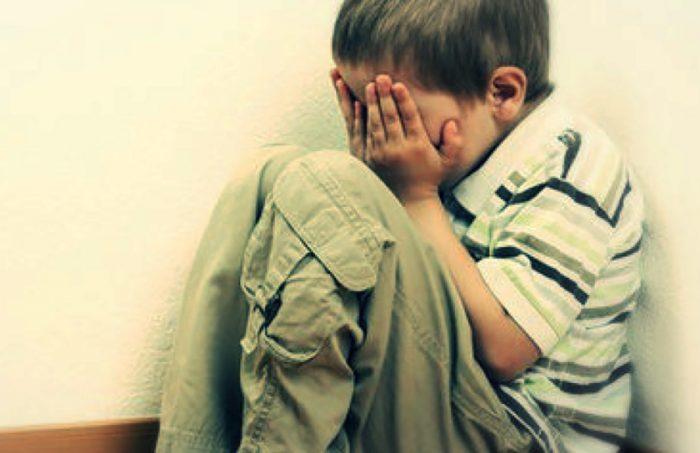 Maltrattava i bambini dell'asilo Maestra incastrata dalle videocamere