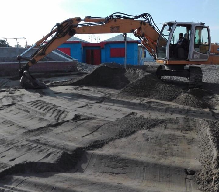 pulizia spiagge 2