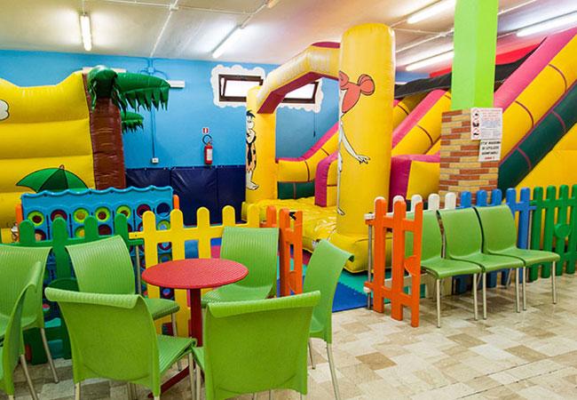 Sala Giochi Bimbi : Sala bimbi ristorante la capannina sala giochi interna