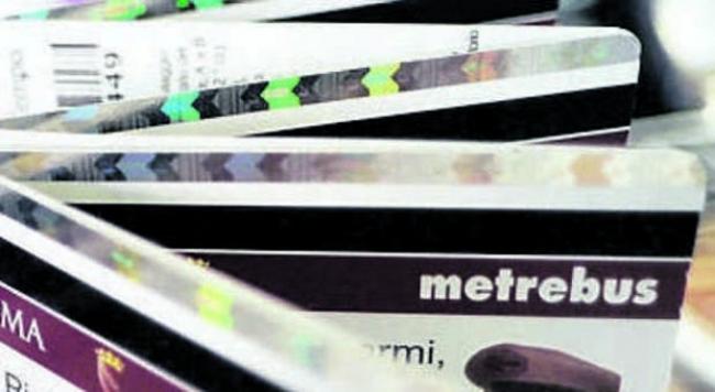 Metrebus, la tessera studenti passa da 9 a 12 mesi ...